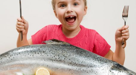 Farmed or wild, salmon can help kids with asthma