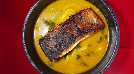 Kari Laksa with Salmon