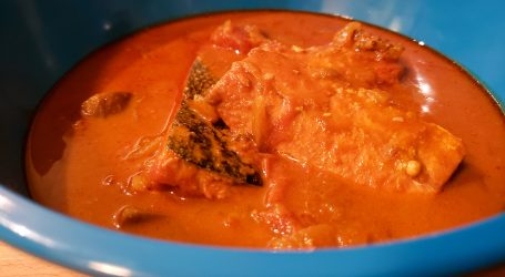 Low FODMAP Salmon Curry